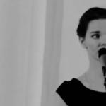 Лиза Боярская читает стихи (видео)
